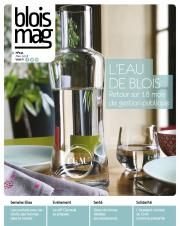 En couverture du Blois mag 141 (mars 2018), une photo de carafe «Eau de Blois» remplie, au milieu d'une vaisselle de table.
