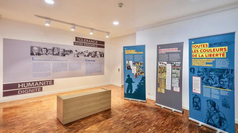 Un espace d'exposition temporaire est également présent. Ici, une exposition sur la bande dessinée et la Résistance.