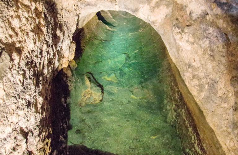 Regard sur le Gouffre, en souterrain.