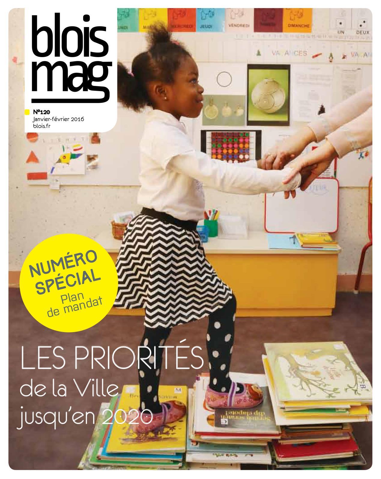 En couverture du Blois mag 120 (janvier-février 2016), une petite fille monte des marches constituées de livres, tenues par les mains par une personne adulte hors champ. En arrière-plan, un décor de classe d'école.